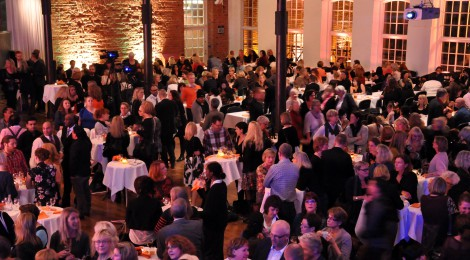 Sprakande personalfest för 1400 dansanta deltagare